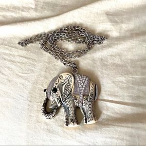 💚3 for 20💚 Elephant necklace